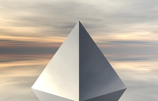 pyramid-1076829_640